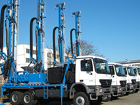 Mobile rigs